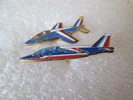 PIN'S   LOT 2 AVIONS  PATROUILLE DE FRANCE - Airplanes