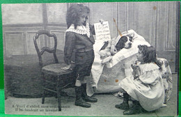 Cpa Enfants  PETIT VETERINAIRE . CHIEN MALADE  . 1904 . LITTLE BOY & GIRL SICK DOG OLD PC - Scenes & Landscapes