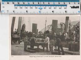 ORIGINAL WW1/WK1 - REPAIRING A DESTROYER IN HM DOCKYARD SHEERNESS - Guerre 1914-18