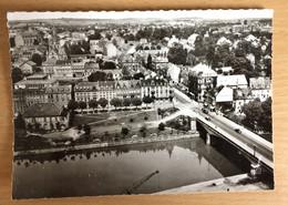 Carte Postale Sarreguemines Le Pont Sur La Sarre Rue Maréchal Foch - Sarreguemines