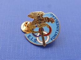 Pin's EIS Fontainebleau Ecole Inter Armée Des Sports Bataillon De Joinville BJ - Insigne épée Coq Tricolore (LA29) - Militari