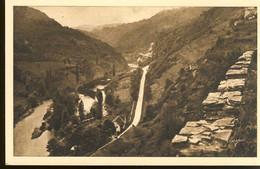 03.05 Les Gorges De Chouvigny La Vallée De La Sioule,vue Du Chateau De Chouvigny - Altri Comuni