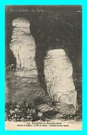 A817 / 651 25 - Env Valdahon Le Puits De Poudrey Stalactites ( Grotte ) - Non Classificati