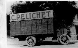 Ancien Camion   'C.Pelichet Déménagements Genève'    -  15x10cms  PHOTO - Trucks, Vans &  Lorries