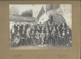 33-LANGON-Photo 25x30... Groupe De Conscrits...  Animé  V.A. LAVILLE) - Luoghi