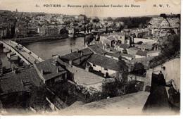 86 Vienne Poitiers CPA Panorama Pris En Descendants Des Dunes Maison Toit Pont Histoire - Poitiers