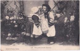 44. Une Petite Famille Bretonne. 226 - Sin Clasificación