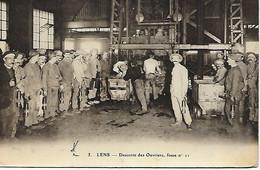 LENS-  1911 -  DESCENTE DES OUVRIERS  FOSSE  NO11 - Lens