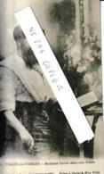 Thaon Les Vosges Madame Delait Dans Son Salon ( Explications Au Dos De L'illustre Femme à Barbe - People