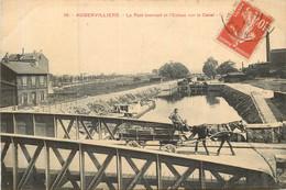 AUBERVILLIERS Le Pont Tournant Et L'écluse Sur Le Canal - Aubervilliers