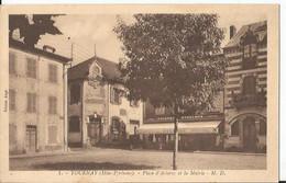 CPA  -  65 - Hautes Pyrénnées - Tournay Place D'astarac Et La Mairie - Tournay