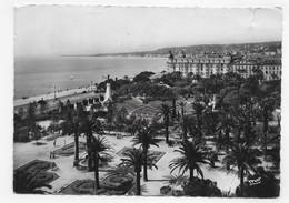 (RECTO / VERSO) NICE EN 1955 - N° 2031 - LE JARDIN ALBERT 1er - DECHIRURE HAUT A DROITE - CPSM GF - BEAUX TIMBRES - Thonon-les-Bains