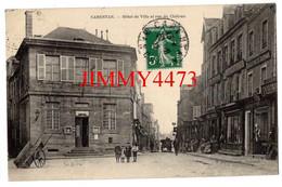 CPA - CARENTAN 50 Manche En 1912 - Hôtel De Ville Et Rue Du Château ( Bien Animée ) Edit. E. Gosseline à Carentan - Carentan