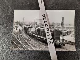 SNCF : Photo Originale M RIFAULT 9 X 14 Cm : Locomotive Diesel 040 DA 30 En 1951 Petite Ceinture De Bercy - Treinen