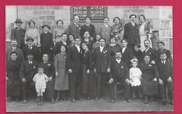 CARTE PHOTO 14 X 9 Cm Années 1930.. MARIAGE, MODE, TOILETTE . Fonds Photographique BOURGAULT à FLERS (Orne) - Personas Anónimos