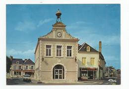 41 Loir Et Cher Oucques Hotel De Ville Ancienne Halle épicerie Spar Vins Nicolas , Maison De La Presse, Mercerie .. - Other Municipalities