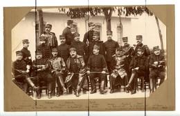 PHOTOGRAPHIE. NICE 1896. Batteries Alpines De La XV Régions. Soldats Officiers Qui Posent Pour La Photo. Col Numéro 19 - Guerra, Militari