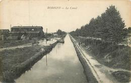 BOBIGNY Péniche Sur  Le Canal - Bobigny