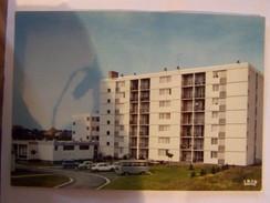 D86D  CHATELLERAULT Residence TIVOLI  Entrée Pricipale :logement Foyer  Bt A B C - Chatellerault