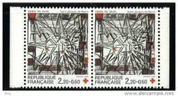 N° 2449a Paire, Année 1986 Issu Du Carnet Croix Rouge, Faciale 2x(2,20+0,50)F - Ongebruikt