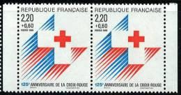 N° 2555 A Paire, Année 1988 Issu Du Carnet Croix Rouge, Faciale 2x(2,20+0,60)F - Ongebruikt