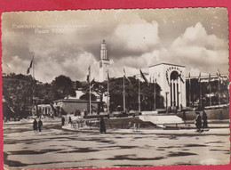 PARIS EXPOSITION INTERNATIONALE 1937 LES JARDINS DU TROCADERO AU FOND LES PAVILLONS DE LA HONGRIE ET DE LA ROUMANIE - Ausstellungen