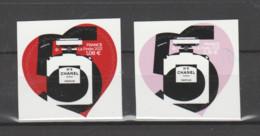 FRANCE / 2021 / Y&T N° AA 1954/1955 ? ** : Chanel N°5 (2 TP Adhésifs De Feuille) X 1 Paire - Adhesive Stamps