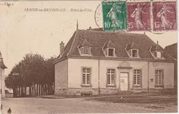Saône Et Loire.  Semur-en-Brionnais.  Hôtel De Ville. - Otros Municipios
