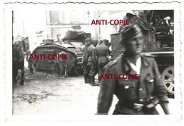 WW2  PHOTO ORIGINALE Soldats Allemands & Char B1 & SdKfz à CHALONNES SUR LOIRE Près Angers MAINE ET 1940 - 1939-45