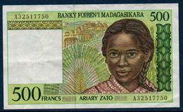 Madagascar  Billet De 500 Francs Très Bon état - Madagascar