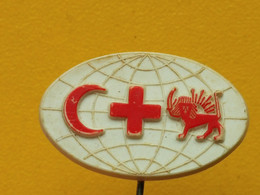 BADGE Z-27-1 - RED CROSS, CROIX ROUGE, SPENDE BLUT, DONATION BLOOD - Plastic Pin, Yugoslavia Pin - Medical