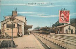 EPERNON-la Gare Sur Les Quais - Epernon