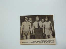 "Origineel Knipsel ( B 134 ) Uit Tijdschrift "" Zondagsvriend "" 1937 :  Boxe  Boks  Boksen  Iseghem  Izegem - Sin Clasificación"