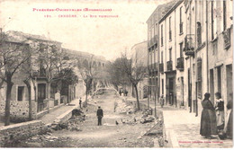 FR66 CERBERE - Labouche 124 - La Rue Principale - Animée - Belle - Cerbere