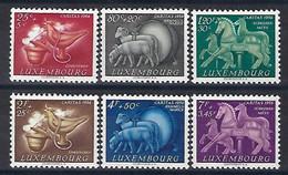 Luxembourg - Luxemburg , Timbres 1954  Caritas  Série Tradition  * - Blokken & Velletjes