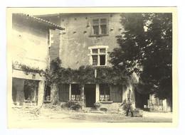 G1234 - PHOTOGRAPHIE - Pérouges - 1960 - Bâtiment - Luoghi