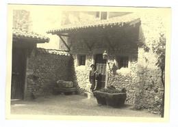 G1235 - PHOTOGRAPHIE - Pérouges - 1960 - Bâtiment à Identifier - Luoghi