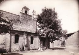 Saint Geniès De Comolas - La Place De L'Eglise - Otros Municipios