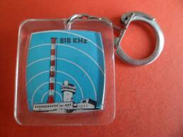 PC Antenne 818 Khz - Sud Radio 360 M OM Porte Le N° 06307 - Andorre - Pas De La Casa - - Schlüsselanhänger