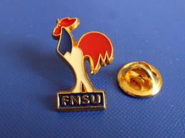 Pin's FNSU - Fédération Nationale Française Des Sports Universitaires - Coq Tricolore - Dos Lisse (PU38) - Altri