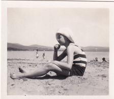 Petite Fille 1931 Bords De Mer - Persone Anonimi