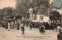 Besançon  Funérailles Des Victimes Du Fort De Montfaucon Char De Mademoiselle Servan - Besancon