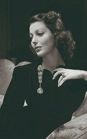 Loretta Young  PHOTO POSTCARD - Donne Celebri