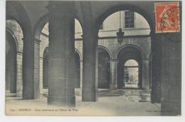 ANNECY - Cour Intérieure De L'Hôtel De Ville - Annecy