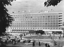 "Citroen DS,Skoda Oktavia,Wartburg 311,Taunus 12m P I,17m P3,Brno,Hotel ""International"", Gelaufen - Passenger Cars"