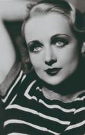 Carole Lombard   PHOTO POSTCARD - Donne Celebri