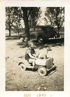 120221A - PHOTO 1949 - JEU JOUET ANCIEN Voiture Camion Jeep à Pédale Chiot Chien - Giocattoli Antichi