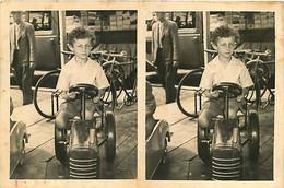 120221B - PHOTO 1953 - JEU JOUET Camion Voiture Tracteur à Pédale Enfant Bebe Manege - Giocattoli Antichi