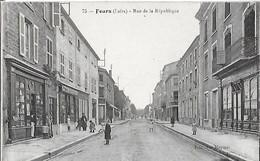 42 - Loire - FEURS -Rue De La République - Feurs