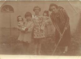 130221 - PHOTO ANCIENNE - JEU JOUET ANCIEN Poupé Fille - Croquet ? - Giocattoli Antichi